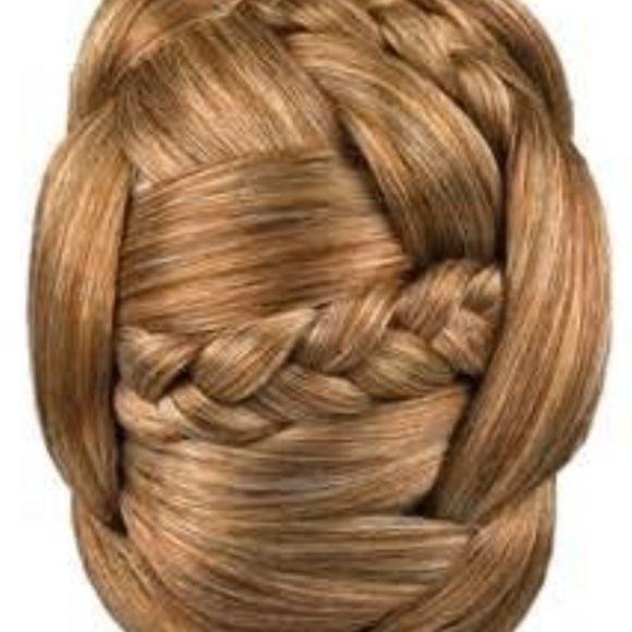 Spotted while shopping on Poshmark: Jessica Simpson Hair Do chignon clip in hair bun! #poshmark #fashion #shopping #style #Jessica Simpson #Accessories #jessicasimpsonhair