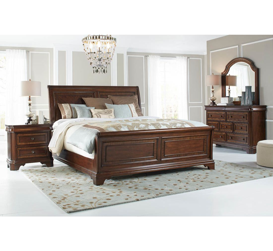 Fairmont 5 Pc Queen Bedroom Group Badcock More With Images