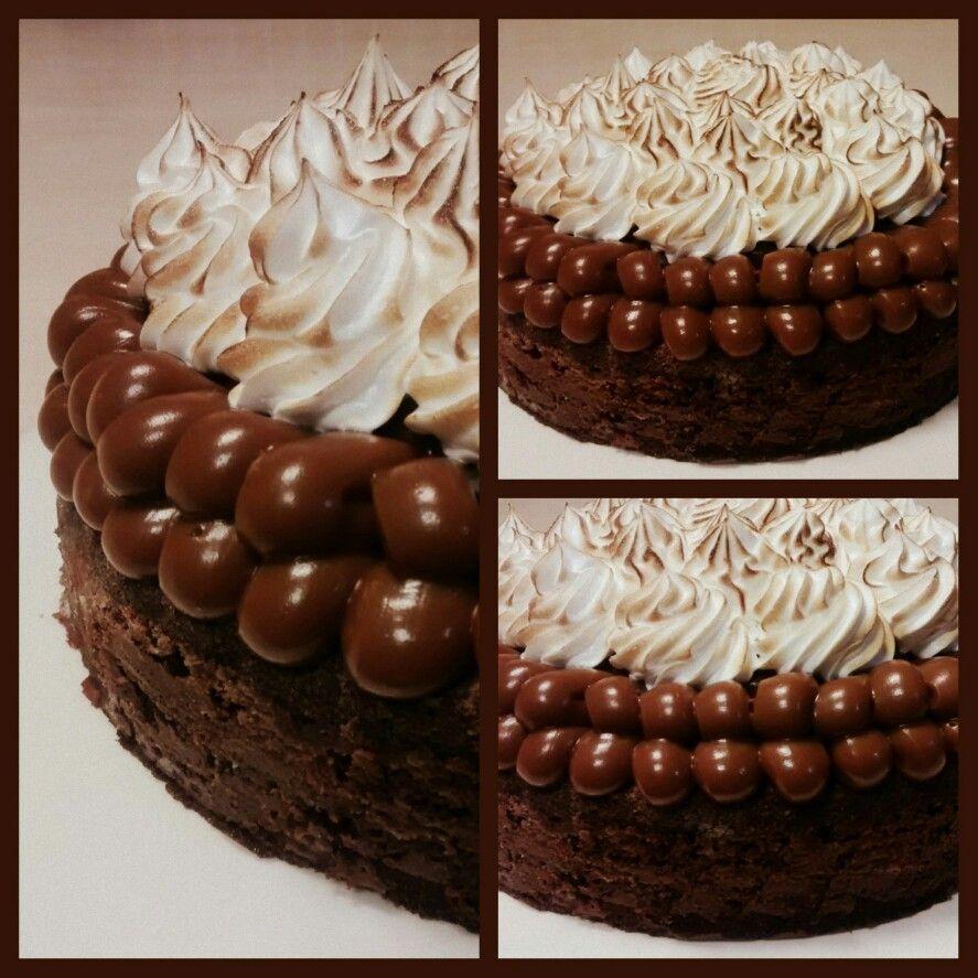 Torta Brownie Caracterizada Por Su Gran Humedad Y La Perfecta