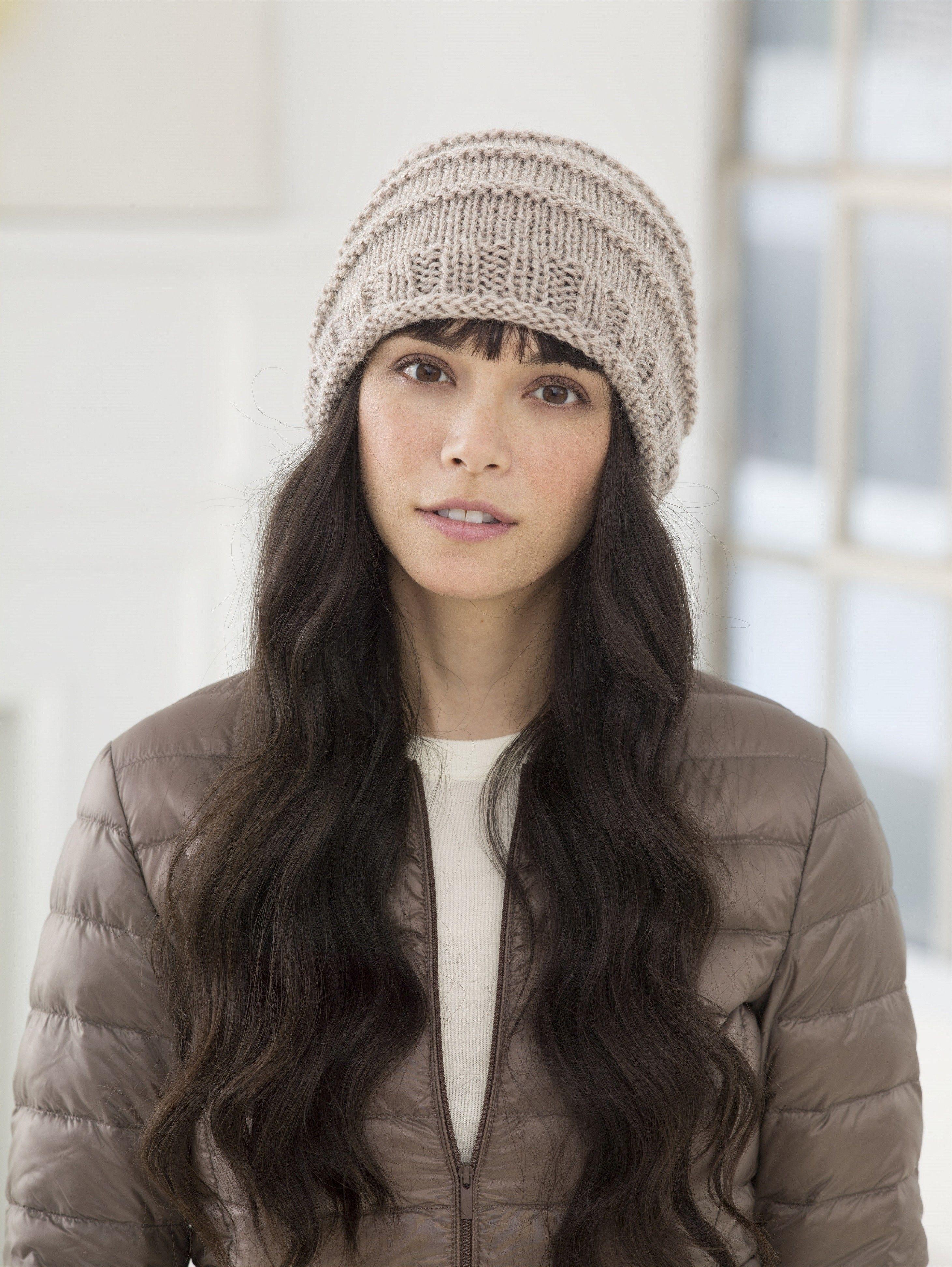 Lima Super Slouch Hat (Knit)   FAST LITTLE PROJECTS   Pinterest