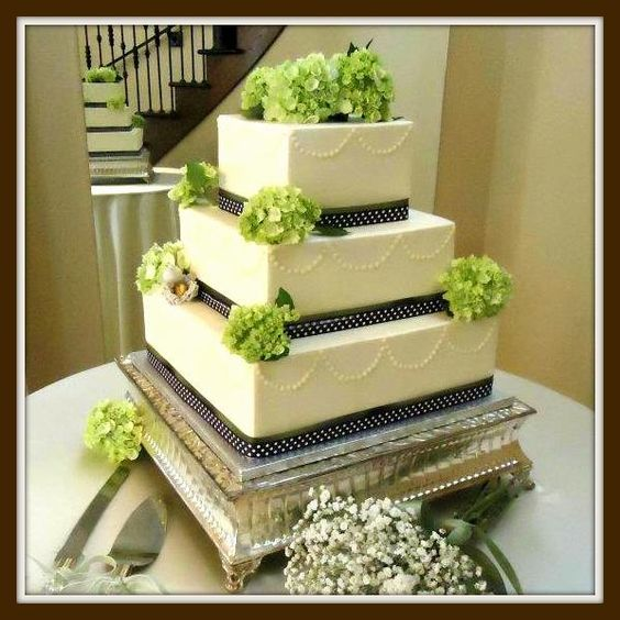 Pin by C. B. on Green Cakes   Pinterest   Green cake and Cake