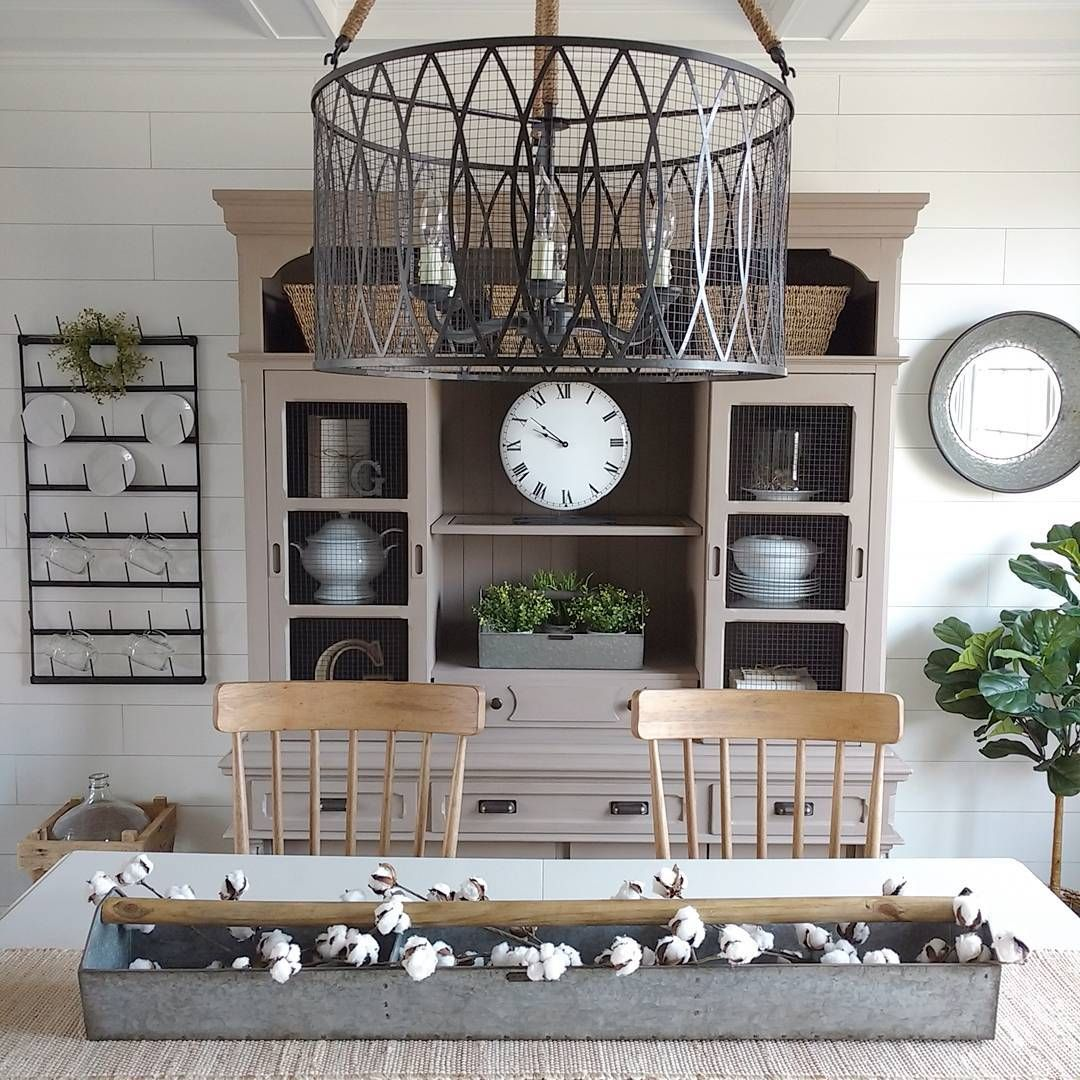 Furnitures Fashion Small Dining Room Furniture Design: White Modern Farmhouse Dining Room With Shiplap