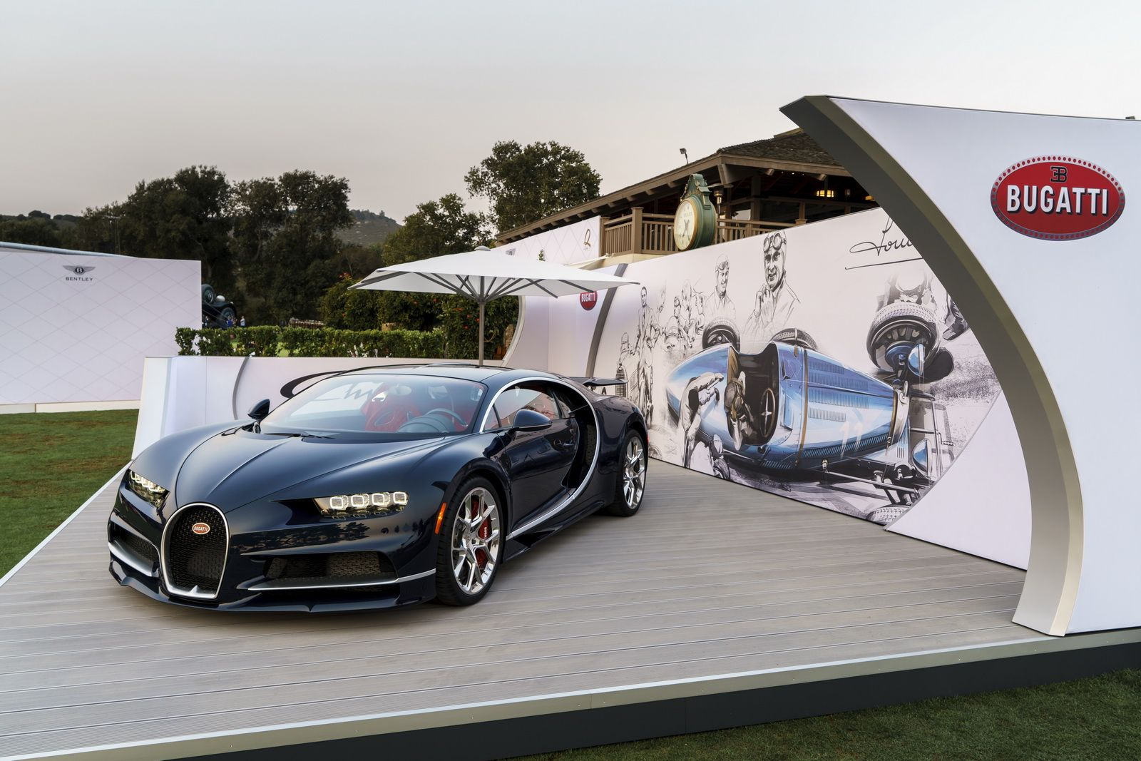 Photo of Bugatti Showcases Stunning Blue-Carbon Chiron At The Quail [21 Pics]   Carscoops