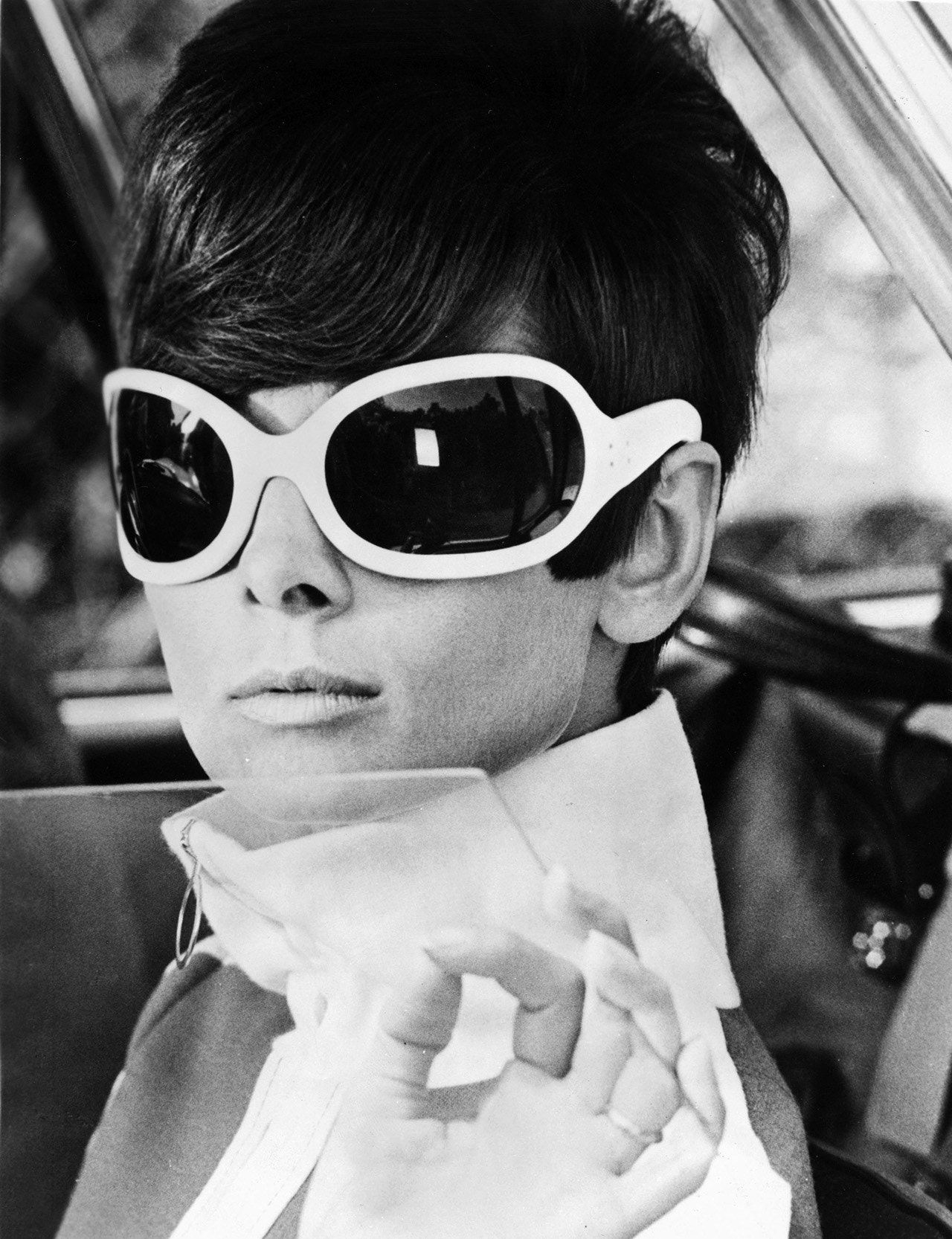 Photo of This 1967 Audrey Hepburn Film Features Every Single SS18 Trend