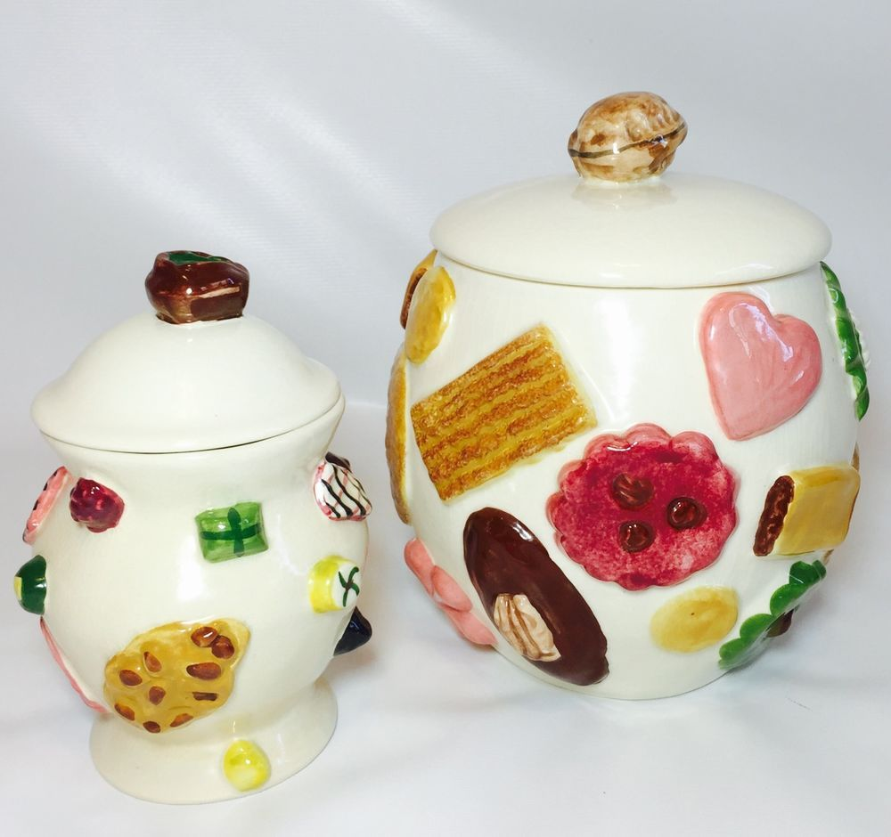 1950's Cookie Jars Vintage Pair Of 1950's Los Angeles Potteries Cookies All Over Cookie