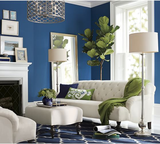 Love the sofa, love the green. This room is beautiful. Clara ...