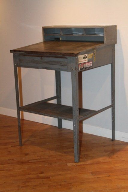 Stand Up Shop Desk by Berkley Blanks - Stand Up Shop Desk By Berkley Blanks Parlour Pinterest Desks
