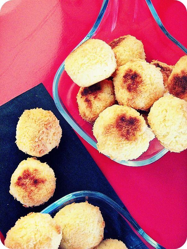 boles de coco, per La cuina vermella