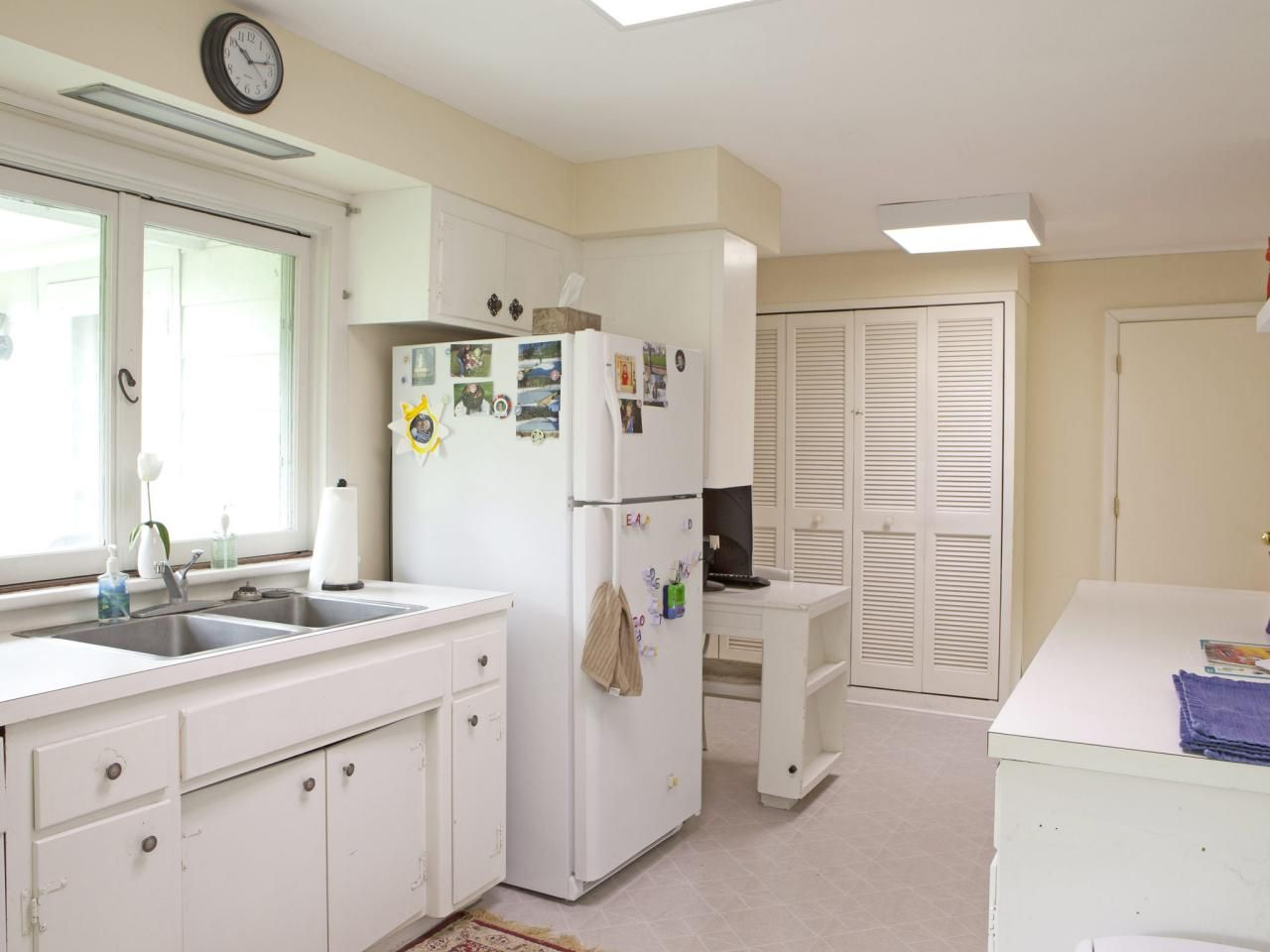 Kitchen CabiGlass Doors - http://www.kittencarcare.info/kitchen ...