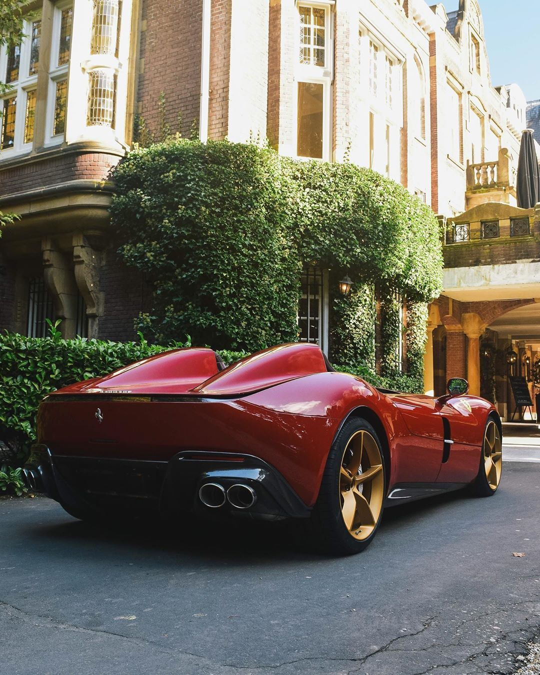 Carhoots The Hottest Most Social Viral Car Content On The Web Luxury Cars Sport Cars Sports Cars Lamborghini