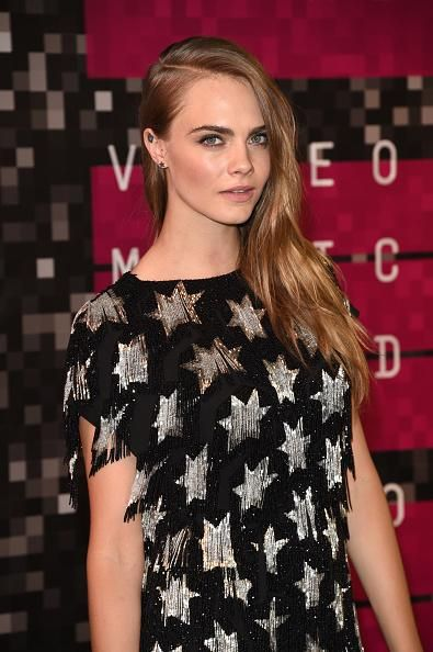 #RichardMadden Richard Madden Finds Cara Delevingne http://t.co/bpHqRs1NUA http://t.co/XPQFfiESza  #RichardMadden Richard Madden Finds Cara Delevingne http://t.co/bpHqRs1NUA pic.twitter.com/XPQFfiESza   Gi Ma (@gima2327) September 10 2015
