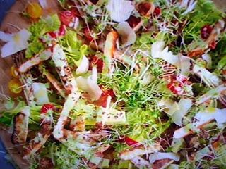 La cucina tradotta di Jamie: Caesar salad e pollo croccante alla polenta