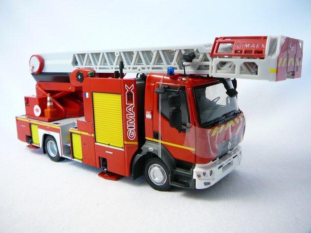 miniatures camion de pompier avec chelle de collection. Black Bedroom Furniture Sets. Home Design Ideas