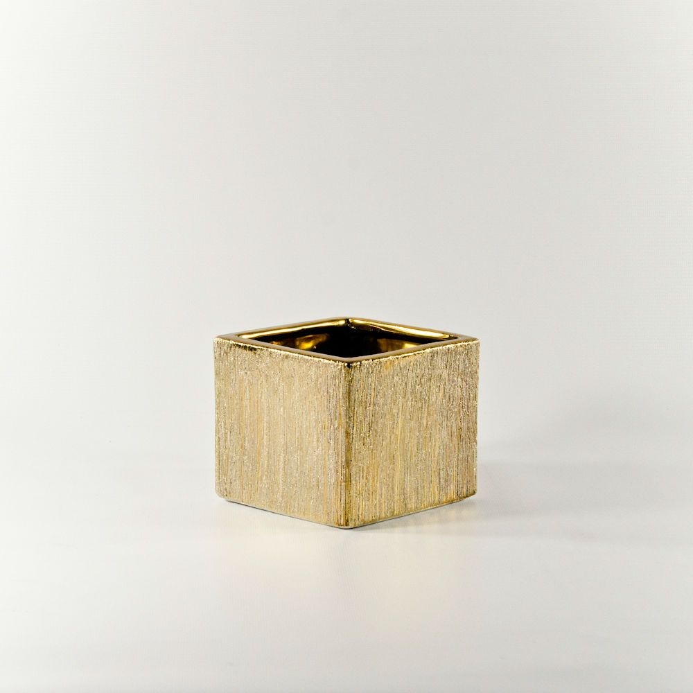 Perfect pricing on 4 gold etched ceramic cube ceramic vases perfect pricing on 4 gold etched ceramic cube ceramic vases wholesale flowers and reviewsmspy