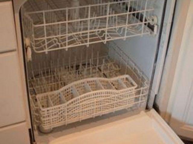How To Fix A Dishwasher That Has Standing Water Hunker Clean Dishwasher Dishwasher Wont Drain Clogged Dishwasher