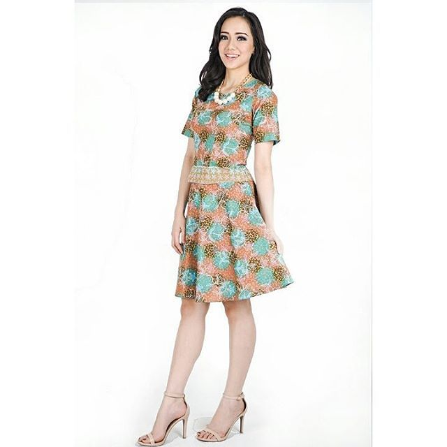 BajuBatikWanitaModernjpg 640640  Dress batik  Pinterest