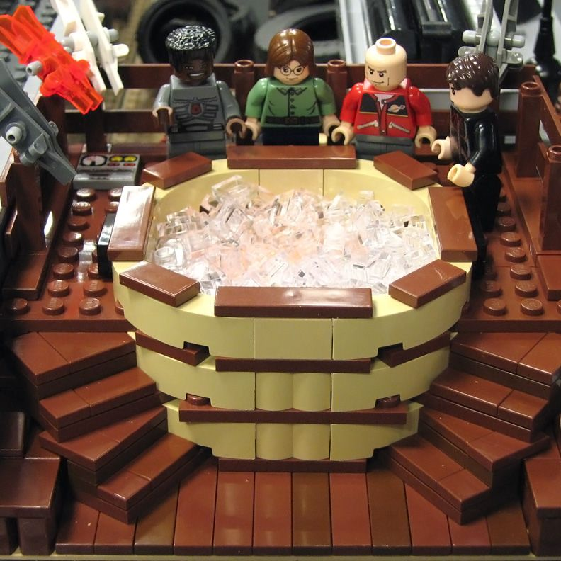 Craig Robinson Hot Tub Time Machine Lego Con Imagenes