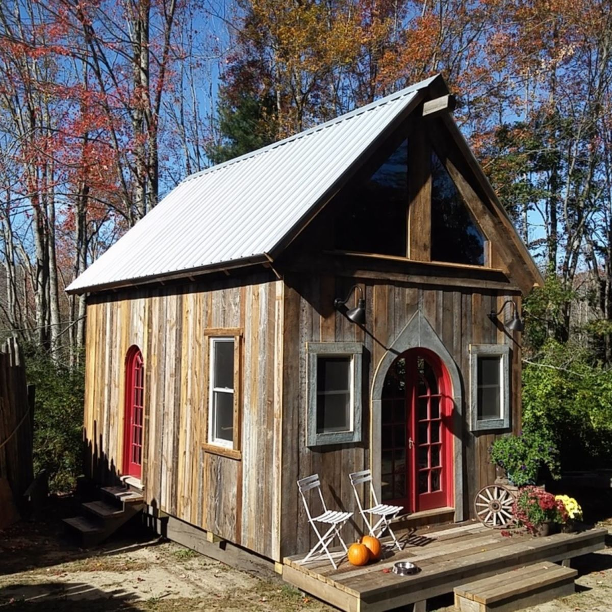 Custom Built Cabin Cabin For Rent In Null Maine Tiny House Listings Custom Built Cabins Small House Tiny House Design