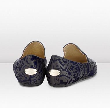 Jimmy Choo - Wheel - 132wheelnblo - Navy and Bronze Brocade Lasered Slippers - Wear these striking brocade lasered slippers to intimate dinner parties with cropped trousers and a velvet blazer . The trend for elegant but masculine inspired slippers is here to stay.
