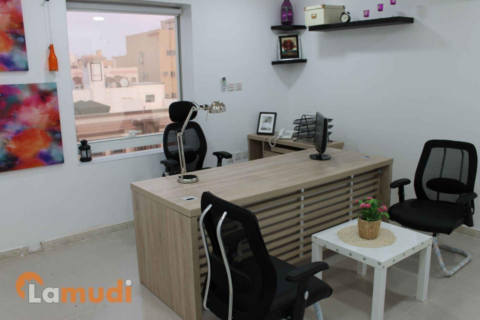 تتوفر لدينا مكاتب بمساحات مختلفة موثثة شاملة الخدمات المجانية من اعمال السكرتارية طباعة الورق و التصوير و الرد على المكالمات ارسال Home Decor Corner Desk Home