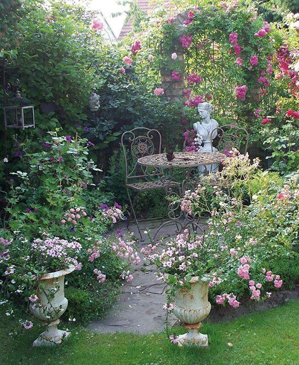 wohnen und garten facebook | garden ideas | pinterest | gardens, Garten und bauen