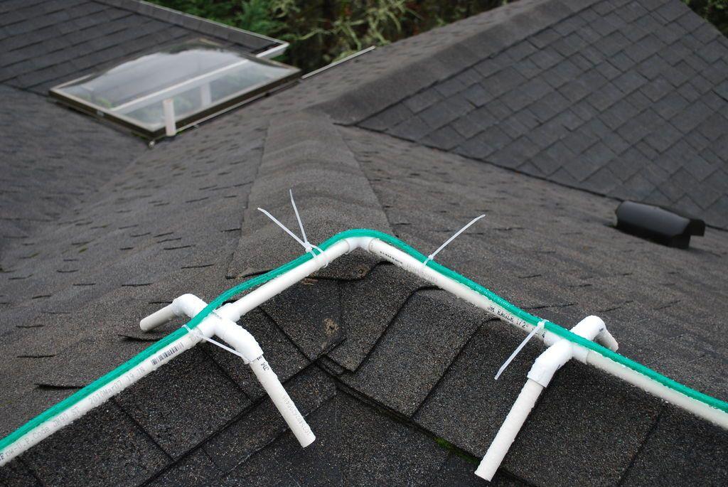 Frame For Installing Christmas Rope Lights On Ridgeline Of