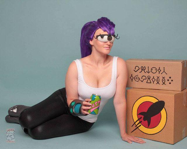 Clever Giant One-Eyed Leela Futurama Cosplay | Geekologie  sc 1 st  Pinterest & Clever: Giant One-Eyed Leela Futurama Cosplay | Geekologie | Geek ...
