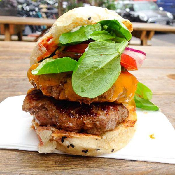 Asiatisch inspirierte Burger bei Shiso Burger in Mitte   creme berlin