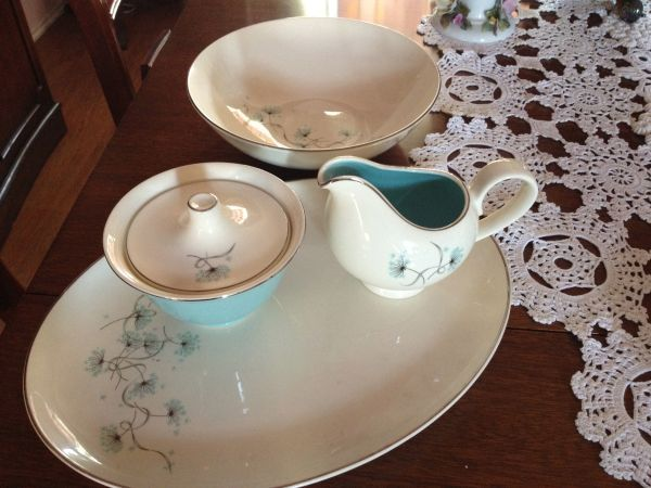 Mid-Century Dishes- Perfect - $100 & Mid-Century Dishes- Perfect - $100 | Craigslist Fascination - Austin ...