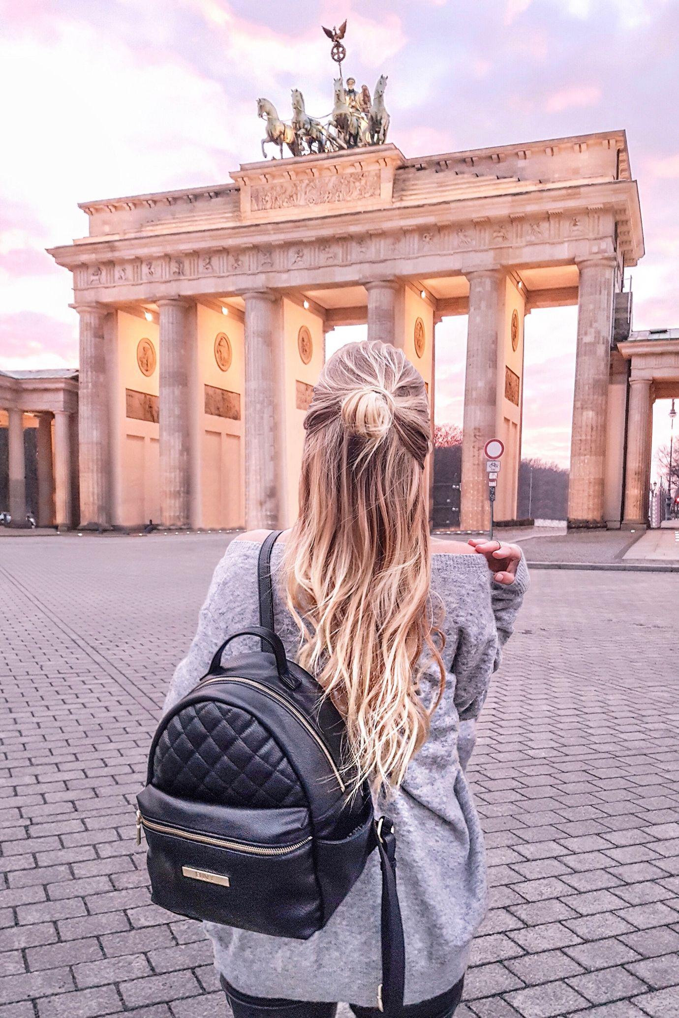 Sunset At Brandenburg Gate I Berlin Germany Http Www Ohhcouture Com 2017 01 Monday Update 42 Ohhcouture Leonieha Berlin Urlaub Europareisen Engel Reisen