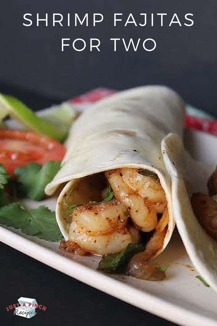Quick and easy dinner for two - these shrimp fajitas are crazy delicious!