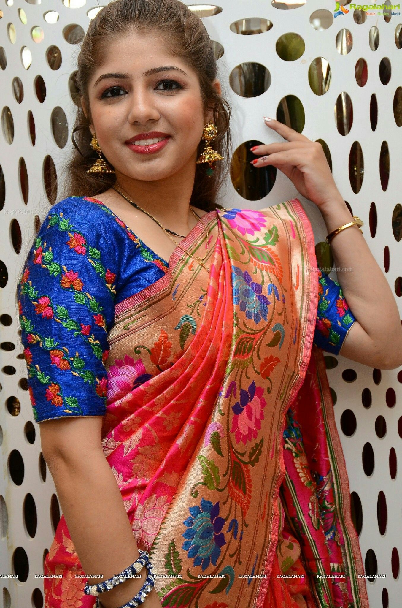 Saree blouse design sleeve pin by gowthami reddy on blouses  pinterest  blouse designs saree