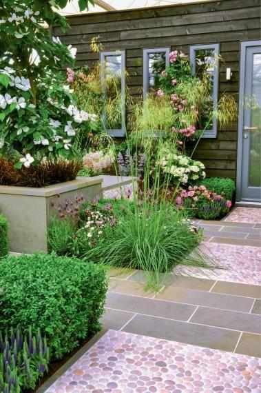 Vorgarten - Gestaltungsideen, Pflanzen und Tipps | Mülltonne ...