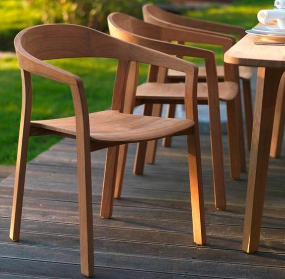 Gartenstühle holz  Gartenmöbel aus Holz - Von modern bis rustikal | Gartenstühle, Holz ...