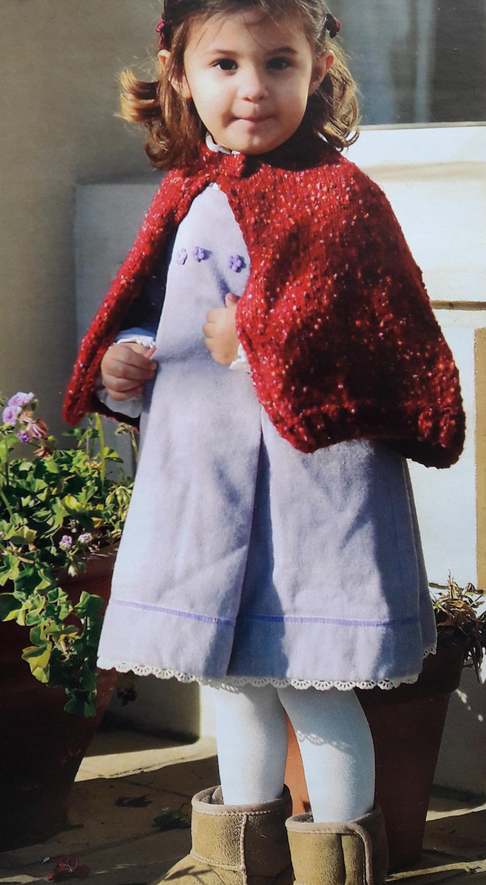 Patrón: capa de niña con motas tejida a dos agujas | BEBE ZAPATOS ...