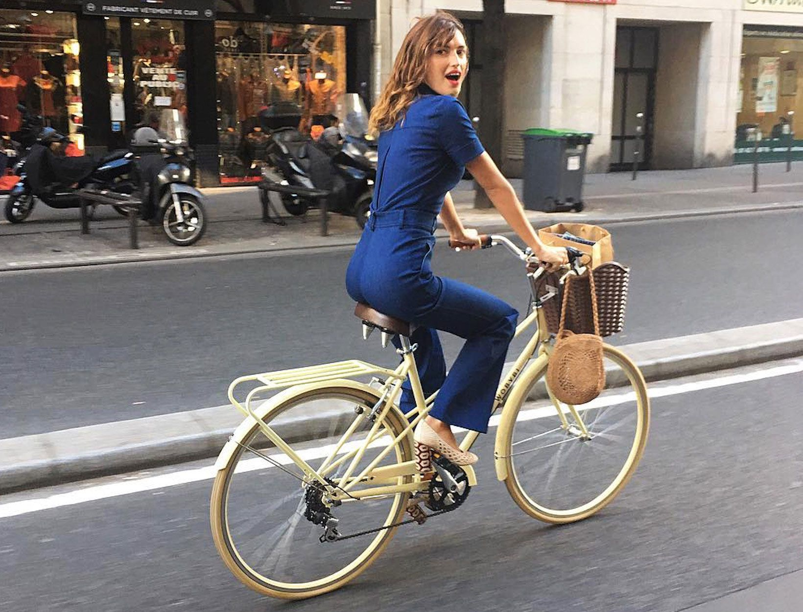 The French Woman S Summer Wardrobe Jeanne Damas Style Nathalie