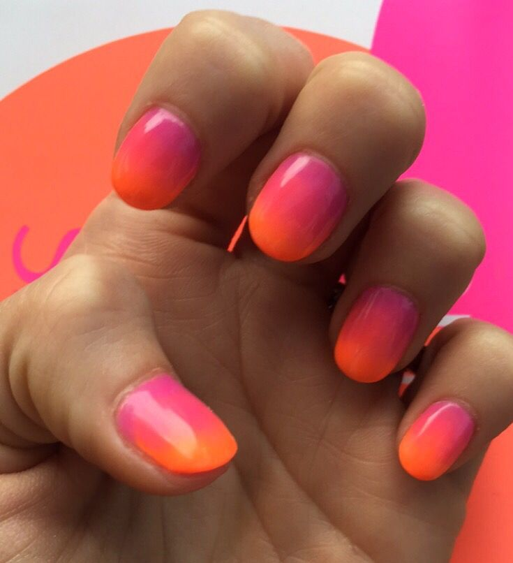 Hot Pink And Orange Ombre Round Acrylic Nails Rounded Acrylic Nails Orange Ombre Nails Pink Ombre Nails