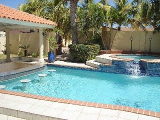 Aruba Wedding Villa 10 Bedrooms 1 2 Mile To Beach Private Pools Hot Tubs