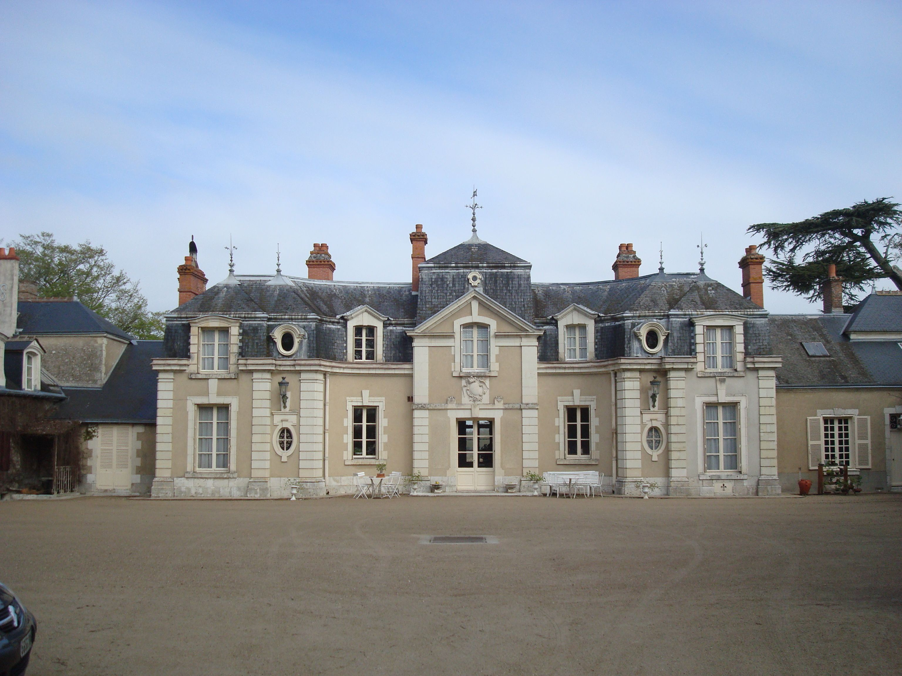 Staying At Chateau De Colliers In Muides Sur Loire France Very Delightful And All Things French French Castles French Chateau Posh Houses