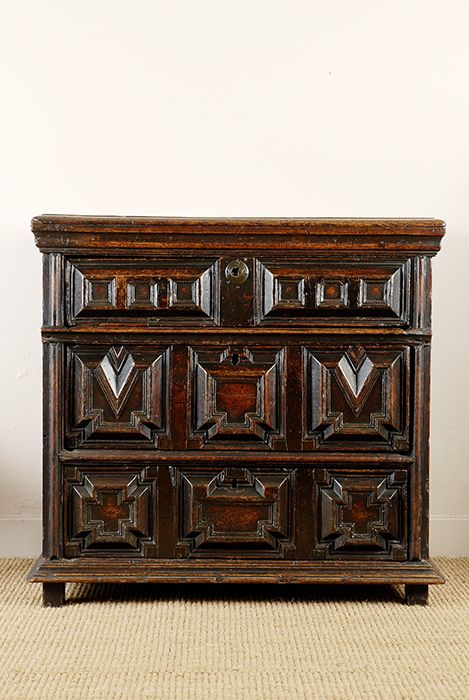 17th Century English Oak Chest Of Drawers Renaissance Furniture Medieval Furniture English Furniture Style