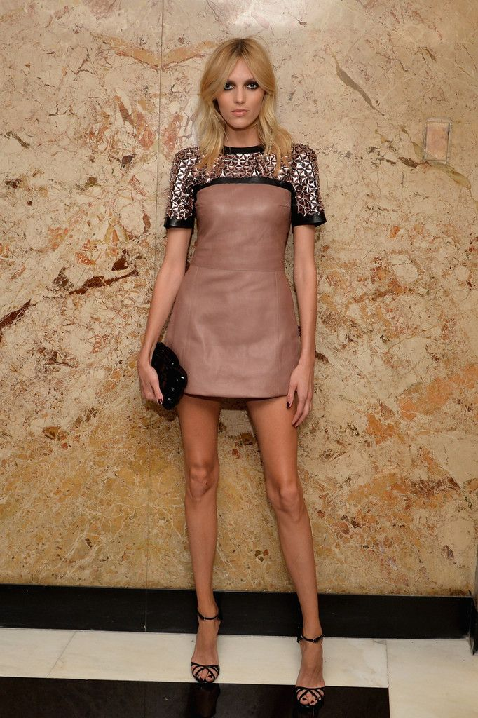 Imagen de http://www3.pictures.zimbio.com/gi/Gucci+Beauty+Launch+Event+Hosted+Frida+Giannini+OJReDE-sHmex.jpg.