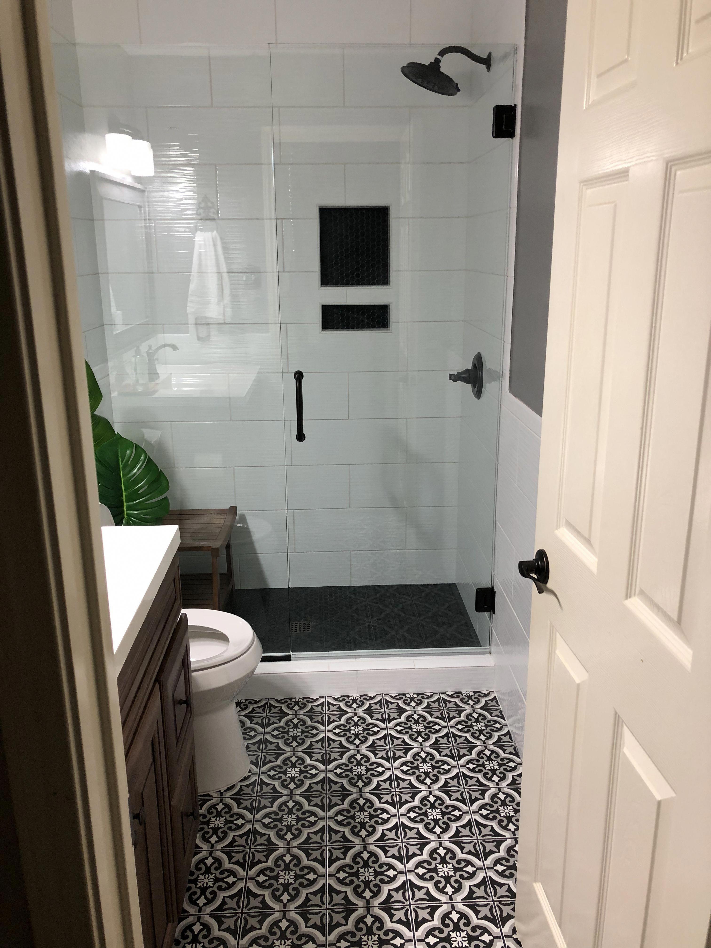 30 Cool Basement Bathroom Ideas Basementbathroomideas Basement Bathroom Decor Bathroom Baseme Bathroom Design Small Small Bathroom Inspiration Small Bathroom