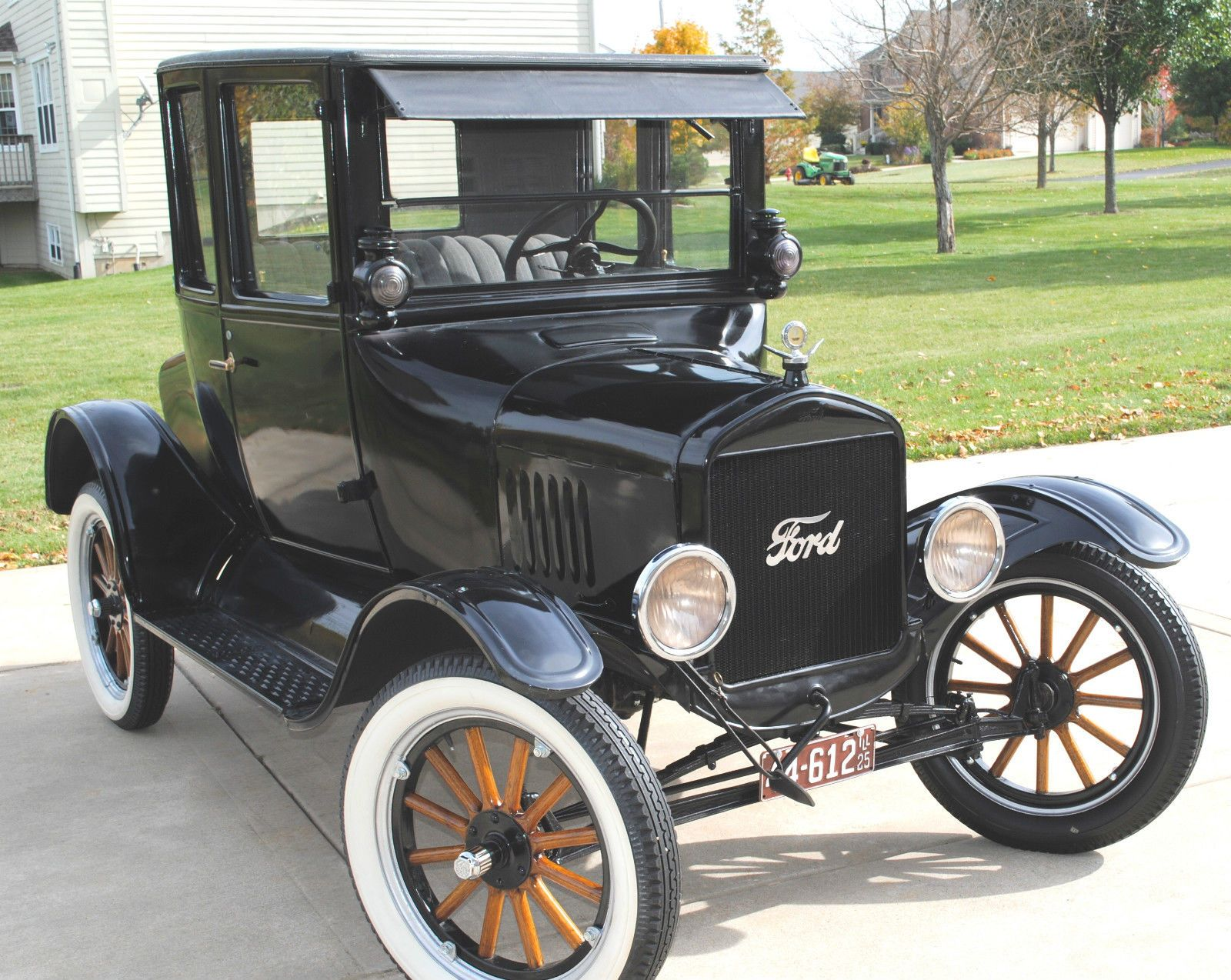 1925 Ford Model T Coupe Ford Models Ford Classic Cars Vintage Cars