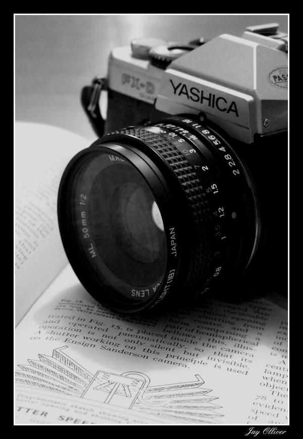 http://lostcontact.deviantart.com/art/Camera-46383806?q=boost%3Apopular%20camera&qo;=57