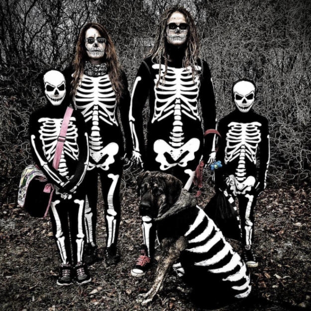 And finally, this set of skeletons.
