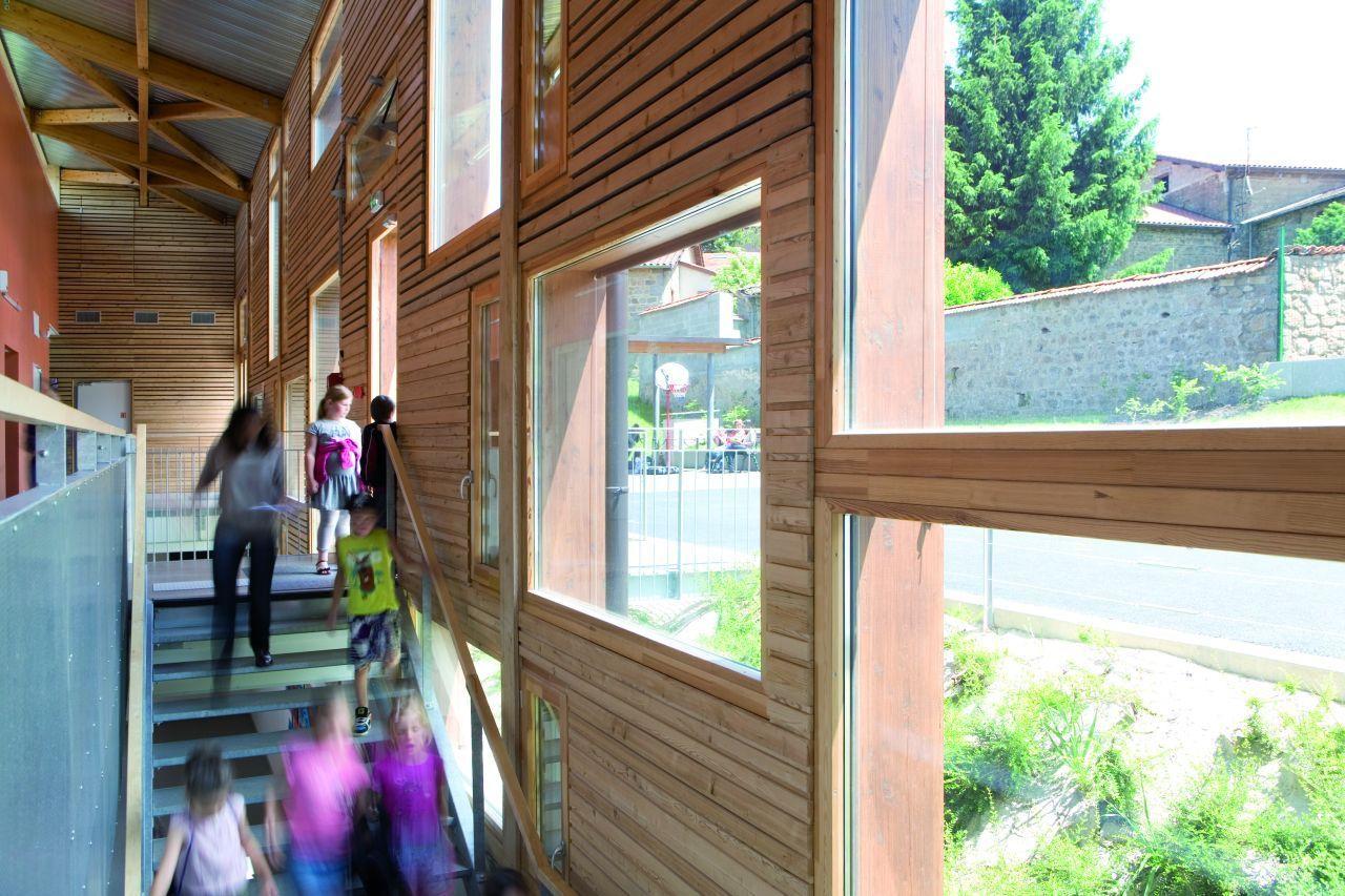 Escola em Montrottier / Tekhnê Architects © Jérôme Ricolleau