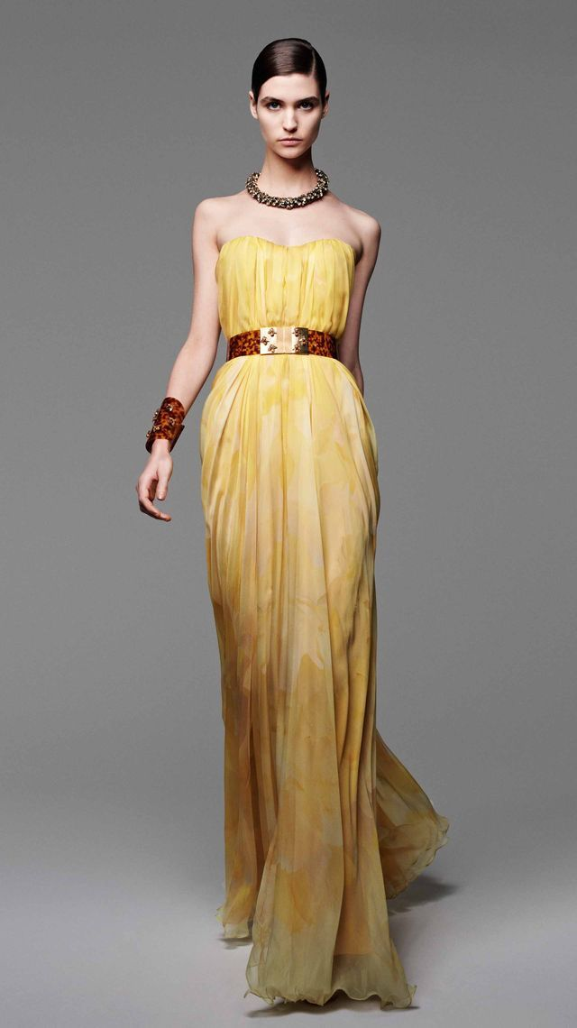 Alexander McQueen brings back the heritage silhouette with the Women Spring/Summer 2013 More: http://freshersmag.com/alexander-mcqueens-women-springsummer-2013/