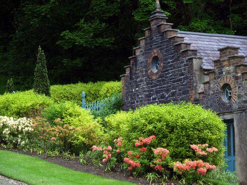 Des Idees Pour Les Fans De Jardin De Cure Verandas Garden Green