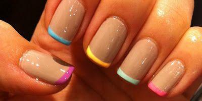 Ter as unhas sempre perfeitas é um vício e obrigatório para qualquer Senhora que se preze. *** Beside being an addict to have perfect nails, it is mandatory for a Lady.