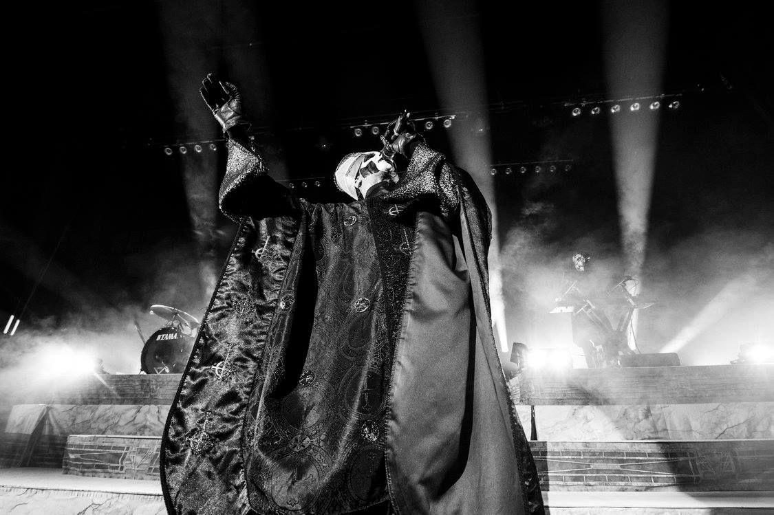 Papa Emeritus III & Nameless Ghoul